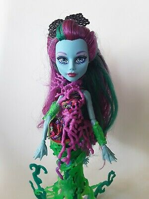 POSEA REEF Great Scarrier Reef Monster High Doll Excellent Used condition