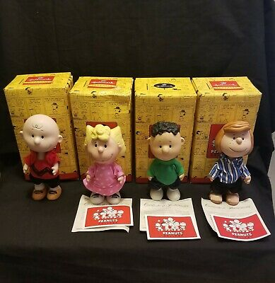 Snoopy Peanuts Charlie Brown Hallmark Porcelain Figurines 2000 Set of 4 #B3