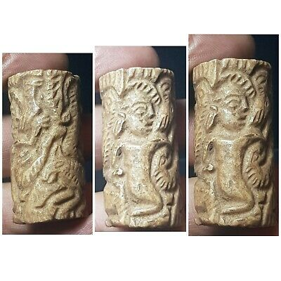 Wonderfull backtrian old stone cylinderseal bead