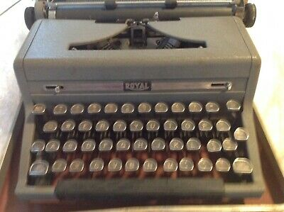 Vintage 1950's  Royal Quiet DeLuxe Portable Manual  Typewriter