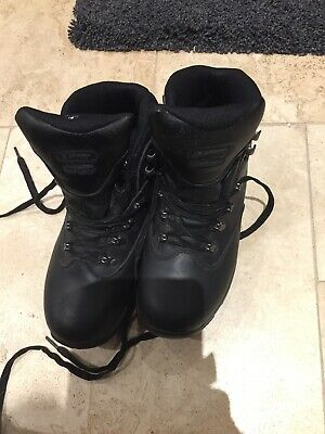 Hi Tec Ladies  walking boots  Size 7 Brown   Exc Condition Worn Once