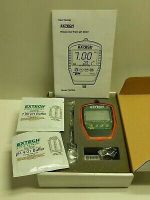 EXTECH Palm PH METER Model PH220A, New & still in the box, with accessories!