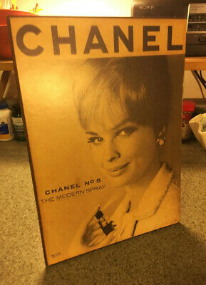 Chanel No 5 Promotional Counter Display Stand-up Ad 1960s Vintage Fashion