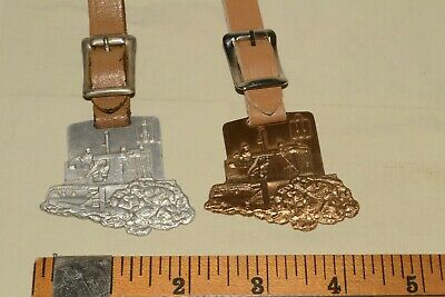 Vintage IH INTERNATIONAL HARVESTER Dozer BULL DOZER Watch/Key FOB LOT Bark River