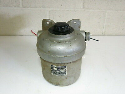 Superior Electric Powerstat Variable Autotransformer X-116 Explosion Proof Case