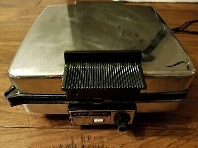 ART DECO Vintage General Electric Waffle Iron Griddle 139G38