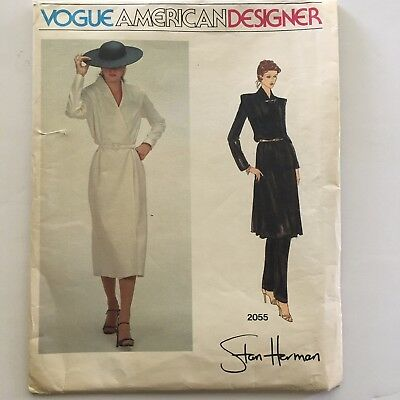 Vogue 7878 Semi-fit Bias Tunic w//Asymmetrical Hemline in 5 Views Sewing Pattern