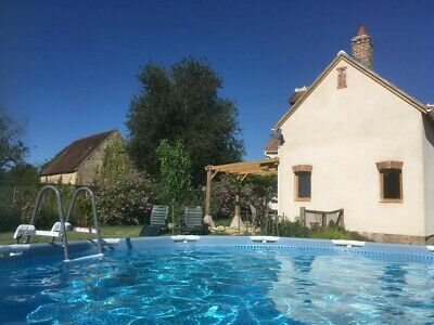 Holiday Cottage, sleeps 6, pool, south Centre Val de Loire, France