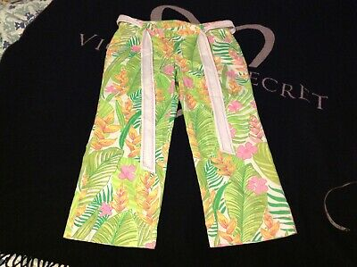Lilly Pulitzer ladies size 6 belted capris