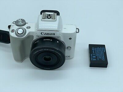 Canon EOS M50 Systemkamera inkl. KIT Canon EF-M 22mm 1:2 STM  TOP ZUSTAND