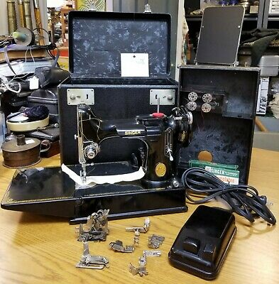 1948 SINGER 221 FEATHERWEIGHT Sewing Machine SERVICED w/ CASE and Extras 120v 4