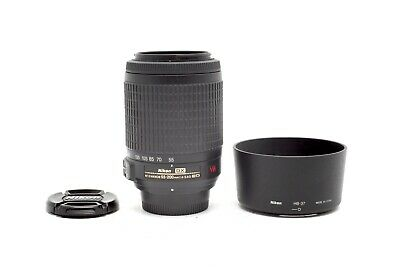 Excellent Nikon AF-S DX Zoom-NIKKOR 55-200mm f4-5.6 G ED Lens With Hood #30407