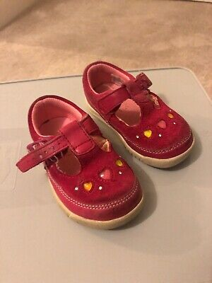 Clarks Girls Pink First Shoes Size 4F