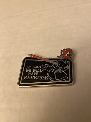 Disney Star Wars Donald Duck as Darth Maul At Last We Will Have Revenge Pin