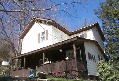 3 Bed 1 Ba Home - Franklin, PA EZ Drive to Pittsburgh,PA