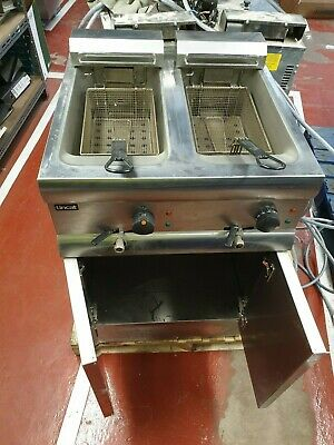 Lincat Twin Deep Fat Fryer