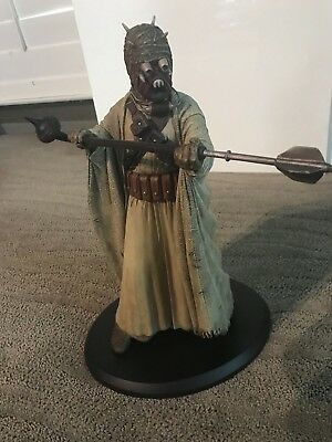 ATTAKUS COLLECTION TUSKEN RAIDER STAR WARS STATUE  (official Lucasfilms)