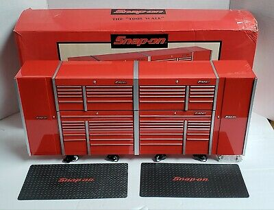 "Snap-On The ""Tool Wall"" Red 1:8 Scale Coin Bank Replica Tool Box #8002555R ~Rare"