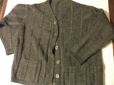 Girls Grey Patterned cardigan  PTP 17'' Front buttoned Cardigan Age 10yrs??