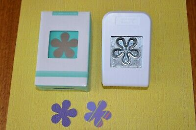 Like Creative Memories (by OMFL) Wild Flower paper punch, Brand new