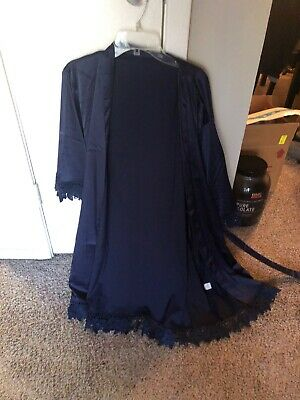 Bridesmaid robes. 5 navy and 1 white. Brand new, never used. Bought from Etsy