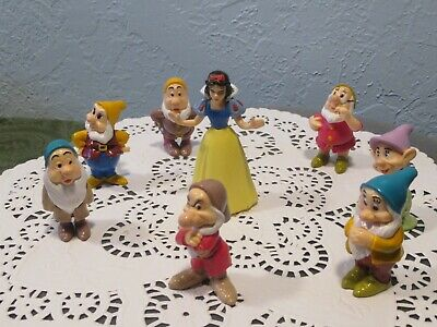 "VINTAGE DISNEY Snow White and the 7 Dwarfs FIGURES Figurines 2"" Rare"
