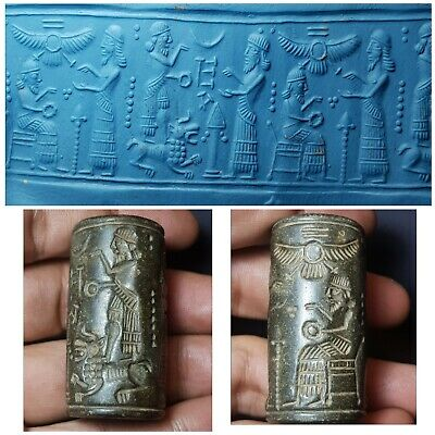 Ancient neareastern  sassanian inscript amyzing black stone cylinderseal bead