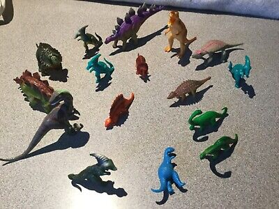 Lot of Assorted Plastic Dinosaur Toy Figures