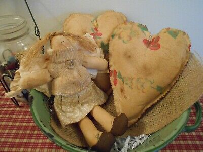 PRIMITIVE Grungy Hearts and Doll : Bowl fillers/Cupboard tucks c