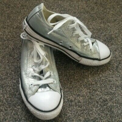 Girls/Womens Sparkly Silver Low Top Converse Size Uk 2 (EU 34/US 2.5)
