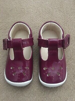 Girls Infant Clarks Roamer Star T Toddler Buckle First T Bar Summer Shoes Size 3