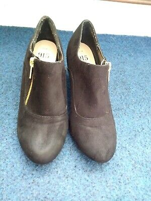 New Look Girls UK Size 3 Black Shoes