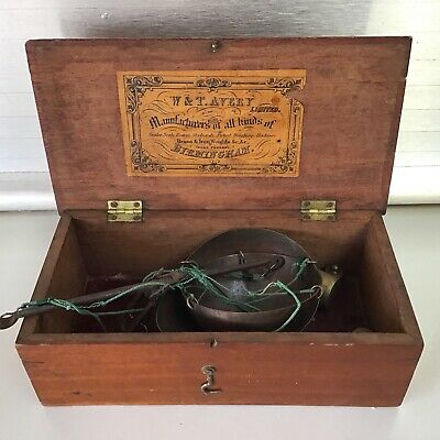 Vintage WT Avery Post Office Gold Scales Has Orig Box And Weights & Orig Label