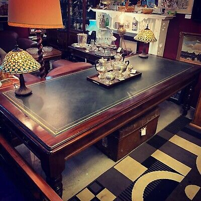 Ceder Tasmania State Library Desk with leather Top - Immaculate Condition