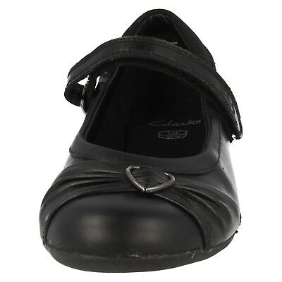 Clarks Dolly Heart Infant Girls Black Leather School Shoes Size 7 F