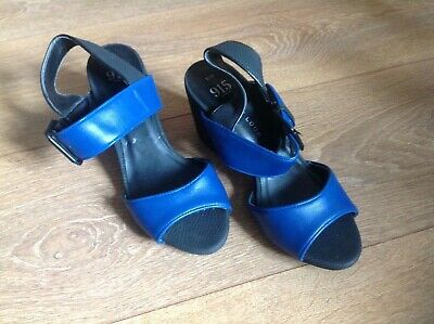 Girls New Look 915  block heel Navy sandals  size UK3 EUR36 - WORN TWICE!