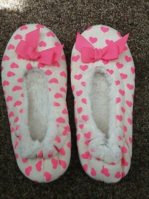 White With Pink Hearts and Bows Slip On Slippers, Primark Essentials Size 1-2