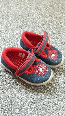 Girls Shoes Size 5 infant