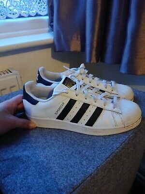 Ladies Adidas Superstar Trainers Size 6 Uk Hardly Worn