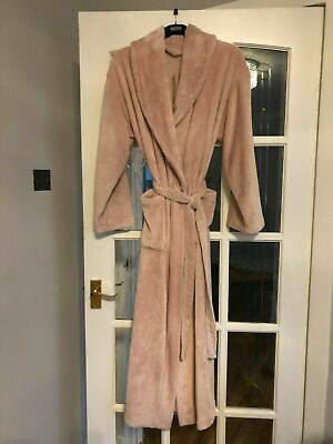 Supersoft BNWT M&S soft pink coloured fluffy dressing gown robe 20-22