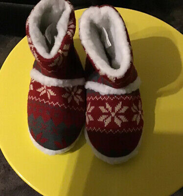 Girls Burgandy Nordic Slipper New With Bag Size Small Fur Lined In Jan Sale