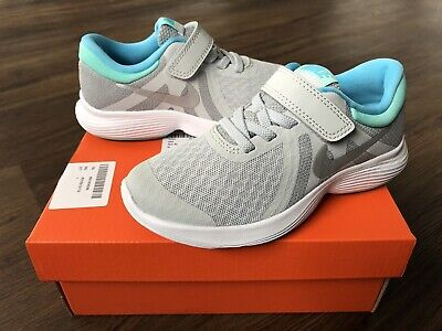 NIKE Revolution Younger Girls Trainers, Grey/Turquoise - Size 12