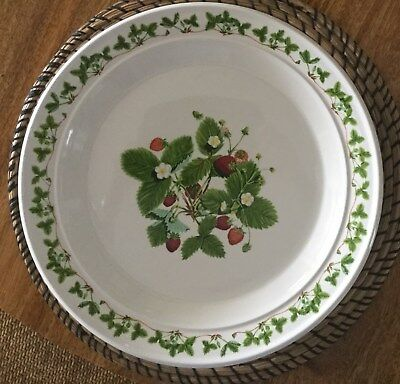 Portmeirion SUMMER STRAWBERRIES Chop Plate (Round Platter) 31CMS Diameter  LOT 1