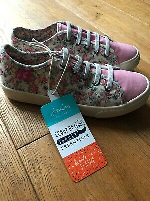 NEW Joules Girls Coast Pump Canvas Trainers in WHITE DITSY Size Childrens 3