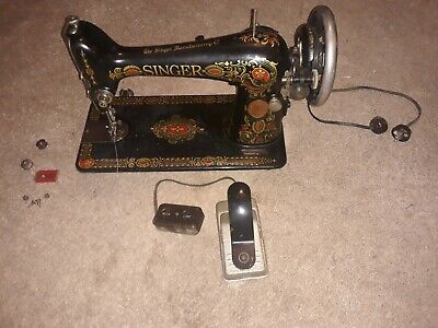 The Singer Manufacturing Co: Vintage Singer Sewing Machine #G6945316