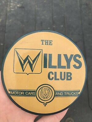 Vintage THE WILLYS CLUB - MOTOR CARS AND TRUCKS Jeep pinback advertising button