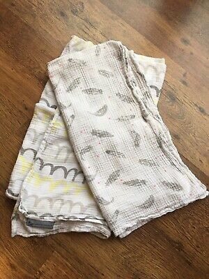 And The Little Dog Laughed Large Muslin/feeding Cover/seaddle X2