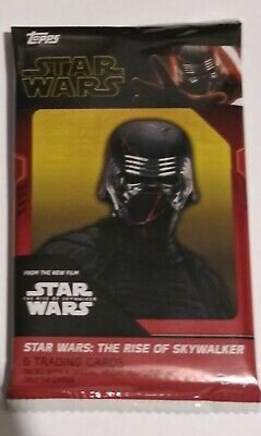 2019 Topps Star Wars Rise of Skywalker GUARANTEED MEDALLION/PROP/RELIC HOT PACK