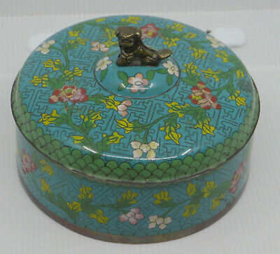 OLD CHINESE CLOISONNE COVERED BOX w FOO DOG FINIAL, FLOWER DESIGN, TEA CADDY?