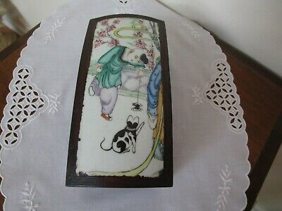 Old Chinese Famille Rose Porcelain Top & Wood Box Jewelry Cigars Excellent
